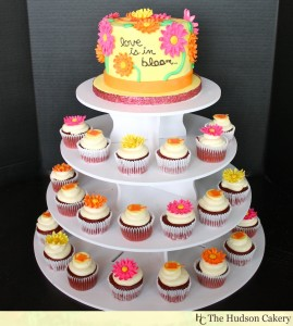 Love-is-in-Bloom-Bridal-shower-cupcakes-269x300