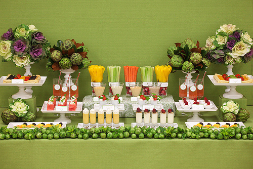 fruit-veggie-wedding-buffet